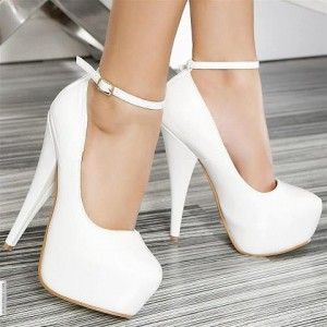 white shoes mes
