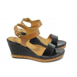 Дамски сандали на платформа Tamaris 1-28005-32 черно-кафяви