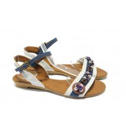 Дамски равни сандали цветни МИ 01 бяло-синя сандала