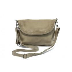 Дамска чанта от естествена кожа с опушен ефект ИО 28 таупе