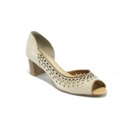 Дамски летни обувки на среден ток ГО 0408-2925 бежови