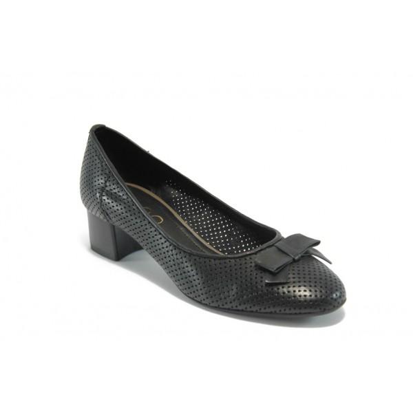 Дамски обувки на среден ток ГО 0392 черни