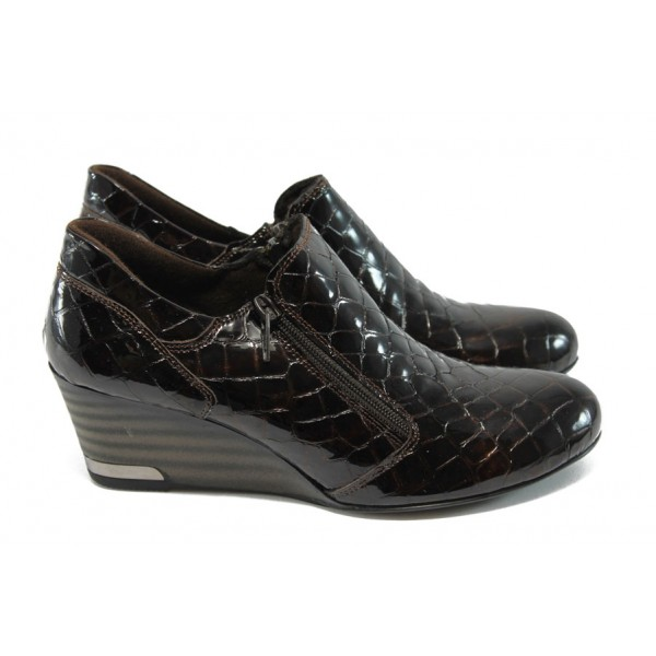 """Дамски обувки на платформа от естествена """"кроко"""" лак-кожа МИ 300-847 т.кафяв"""