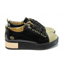 Дамски спортни обувки МИ 201 черен лак