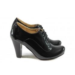 Дамски елегантни обувки на висок ток ЕО 14020 черен лак