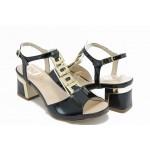 Дамски сандали на нисък ток ИО 1455 черен лак