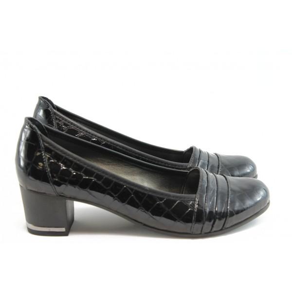 Дамски обувки на среден ток МИ 1401 черно