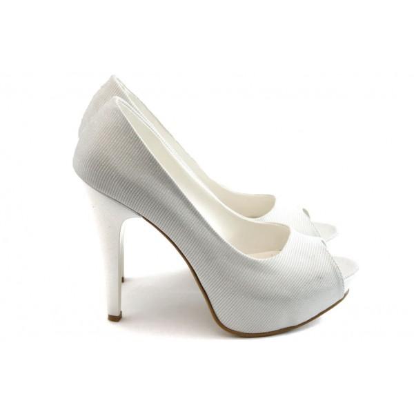 Елегантни дамски обувки на висок ток МИ 1701 бяло