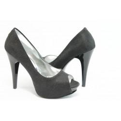 Елегантни дамски обувки на висок ток МИ 1701 черно