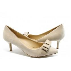 Дамски обувки на ток ПИ 1208 бежови