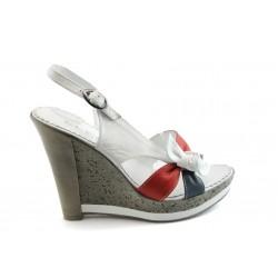 Дамски сандали на висока платформа МИ 268-231 бели