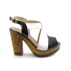 Дамски сандали на висок ток МИ 4203 черно-бели