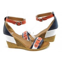 Дамски сандали на платформа МИ 503 синьо