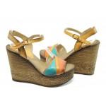 Дамски сандали на висока платформа МИ 5346
