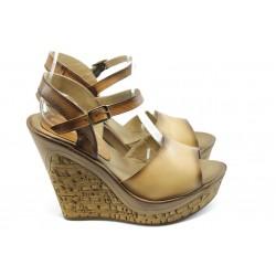 Дамски сандали на висока платформа МИ 5348 св.кафе