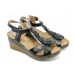 Дамски анатомични сандали Jump 5249 черни