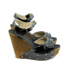 Дамски сандали на висока платформа МИ 50-1949 черни