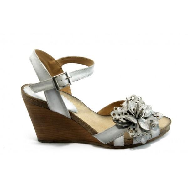 Дамски анатомични сандали на платформа ИО 1364 бели