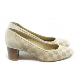 Дамски обувки на среден ток ГО 0398-2 бежови