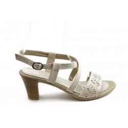 Дамски сандали на среден ток МИ 702-122 бежови