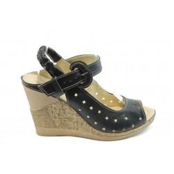 Дамски анатомични сандали на платформа НЛ 142-14287 черни