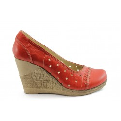 Дамски анатомични обувки с перфорация НЛ 140-14287 червени