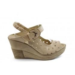 Дамски анатомични сандали на платформа НЛ 142-14287 бежови