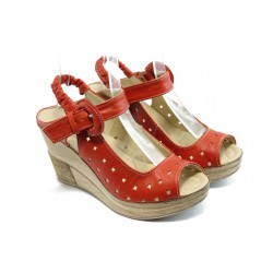 Дамски анатомични сандали на платформа НЛ 142-14287 червени