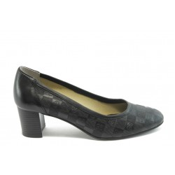 Дамски обувки на среден ток ГО 0398-2 черни