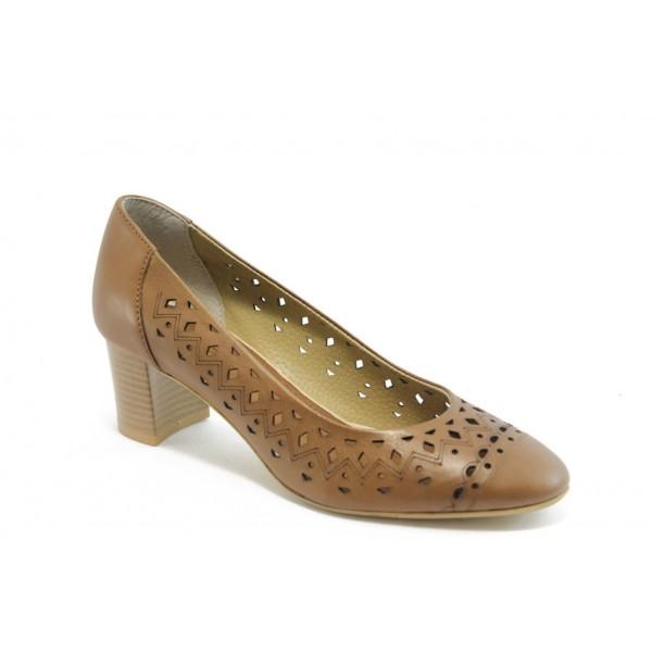 Дамски обувки на среден ток ГО 0398 карамел