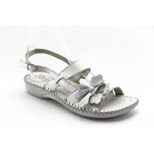 Равни анатомични сандали ГР 7621 бели