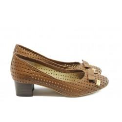 Дамски обувки на среден ток ГО 0392 карамел