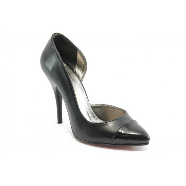 Дамски елегантни обувки на висок ток ЕО 25051 черен лак