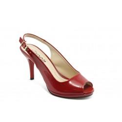 Елегантни дамски обувки на среден ток МИ 72 червен лак