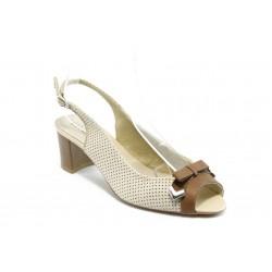 Дамски сандали на среден ток ГО 0399-2925 бежова кожа