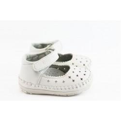 Бебешки обувки с лепенка КА F-71 бяло