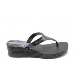 Дамски бразилски чехли на платформа Ipanema 81162 черни