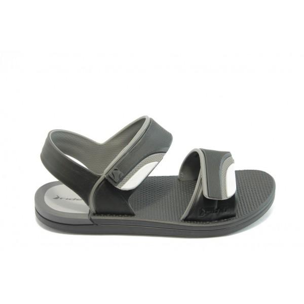 Детски сандали с лепенки Rider 81235 черни 31/38
