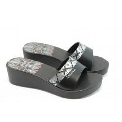 Дамски бразилски чехли на ниска платформа Ipanema 81164 черни