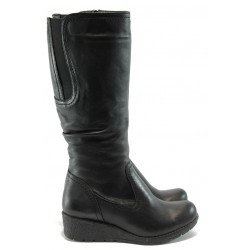 Дамски ботуши на платформа  Jana 8-26606-23 черно