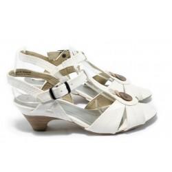 Дамски сандали на среден ток Jana 8-28360-24 бели