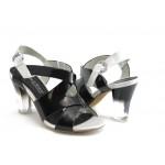 Дамски лачени сандали Marco Tozzi 28305 черна