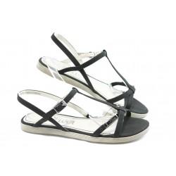 Дамски равни сандали S. Oliver 28108 черна