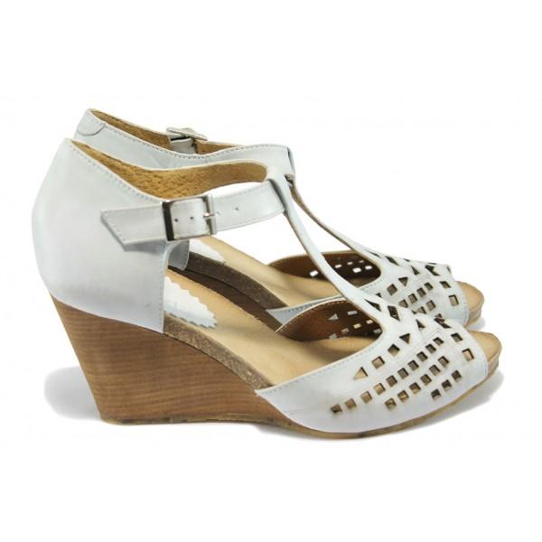 Дамски ортопедични сандали от естествена кожа ИО 1484 опушен бял