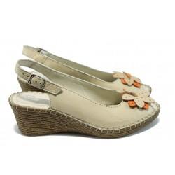 Дамски ортопедични сандали от естествена кожа ГР 513327 бежов