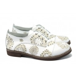 Дамски ортопедични обувки от естествена кожа НБ 5122-915 бели