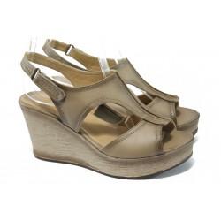 "Дамски сандали на платформа с ""опушен"" ефект МИ 15151 кум"
