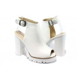 Дамски сандали на висок ток МИ 952 бели