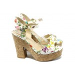 Дамски сандали на висок ток с цветя МИ 938 бели