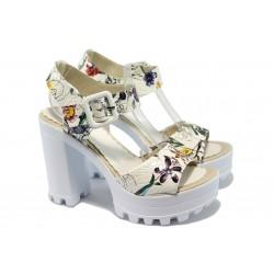 Дамски сандали на висок ток с цвятя МИ 751-2 бял